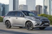Plug-in-Hybrid Mitsubishi Outlander behauptet Spitze