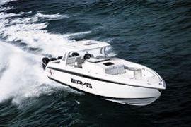 AMG-Joint-Venture mit 1750 PS auf dem Wasser